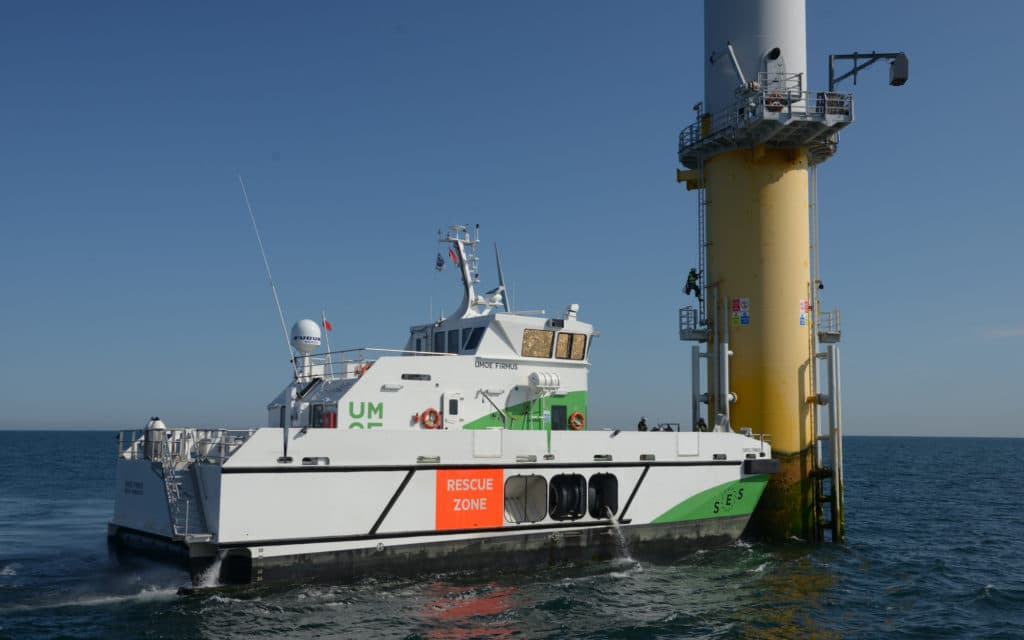 WAVECRAFT vessels are equipped with a motion damping control system.